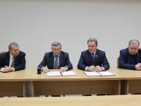 Общественная палата Пензенской области и региональные отделения политических партий подписали соглашение о сотрудничестве по общественному контролю за выборами.