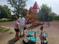 Безопасность детских игровых и спортивных площадок – на общественном контроле.
