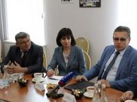 Председатель комиссии Общественной палаты РФ Рифат Сабитов встретился с членами  Общественной палаты Пензенской области.