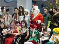 Воспитанников Нижнеломовского детского дома-интерната поздравили с Новым годом